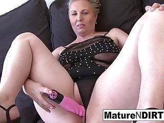 Dirty mature in lingerie can'_t get enough interracial sex