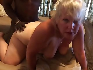 SlutWife Laura gets fucked doggystyle