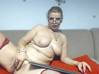 Bespectacled and older Dessire_Maddy / Webcamvideo threateningthreatening free movie from popular adult cam